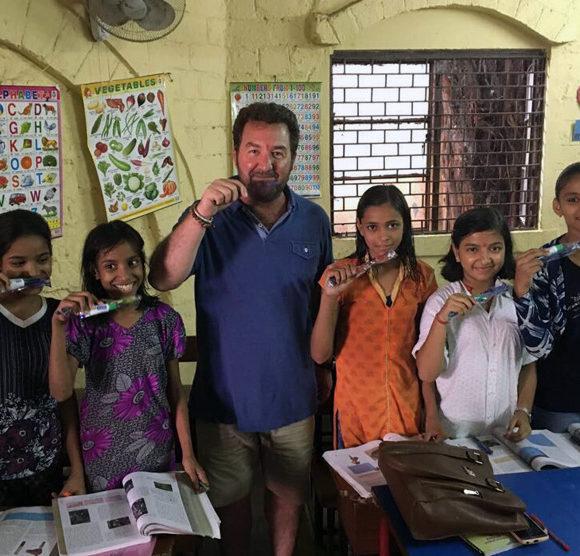 Visita al Colegio DEEPALAYA en Delhi, India.